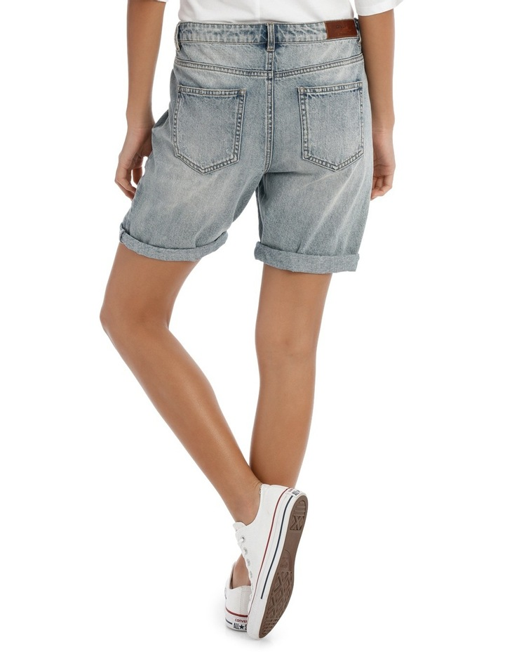 Tonni Boyfriend Denim Embroidered Shorts image 3