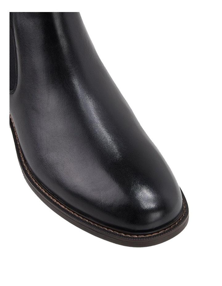 Hanger Boot image 4