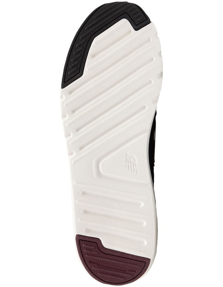 009 Sneaker image 4