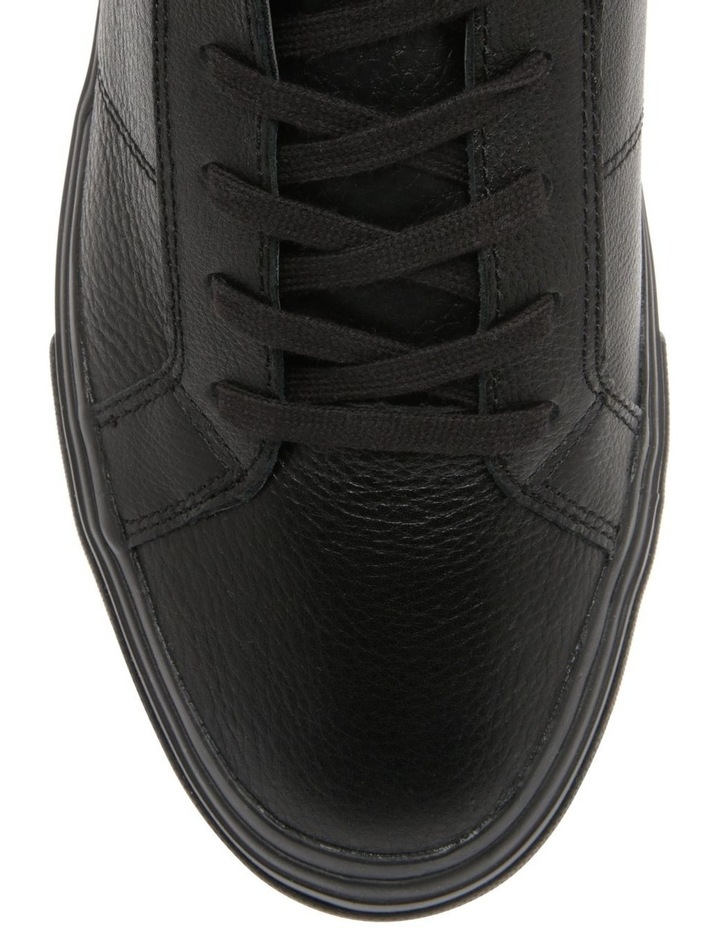 Th Core Signature Leather Trainers image 2