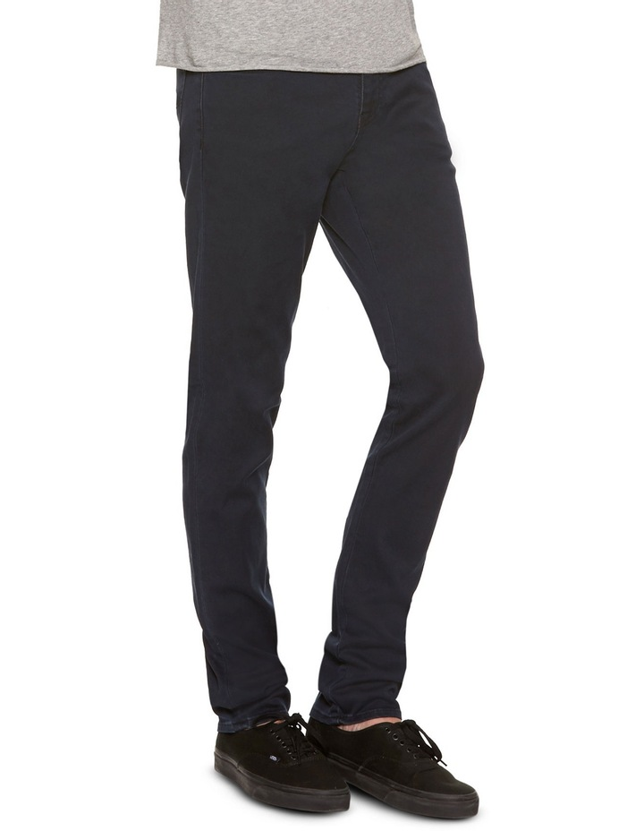 R2 Slim & Narrow Stretch Core Clean Rinse Jean image 2