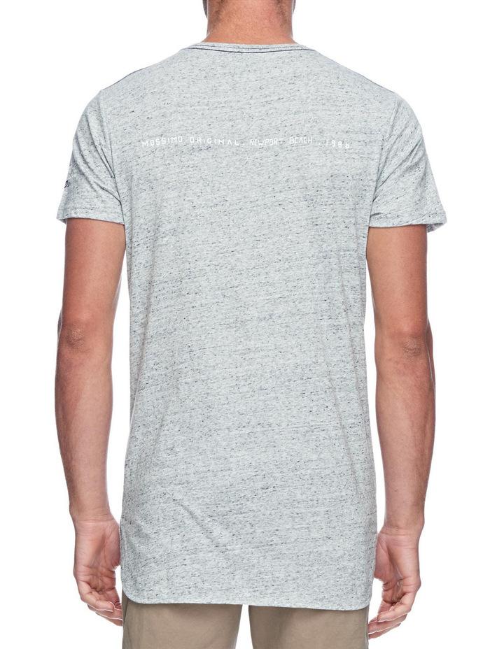 LACA Original Scoop Hem Tee image 2