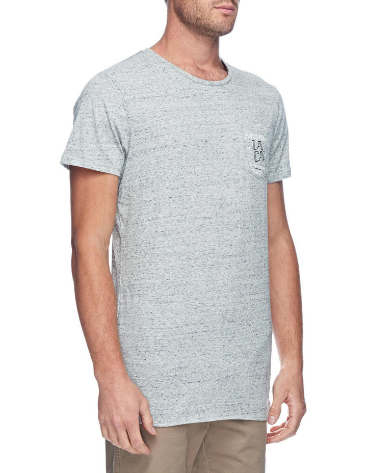 LACA Original Scoop Hem Tee image 3