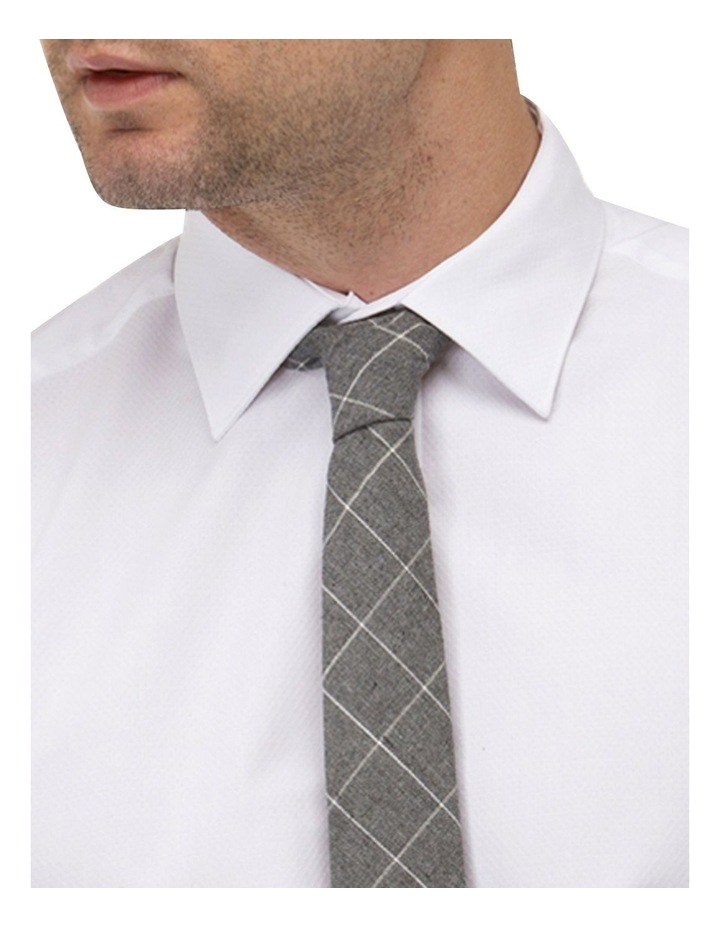 Textured Plain Regular Fit Business Shirt image 2