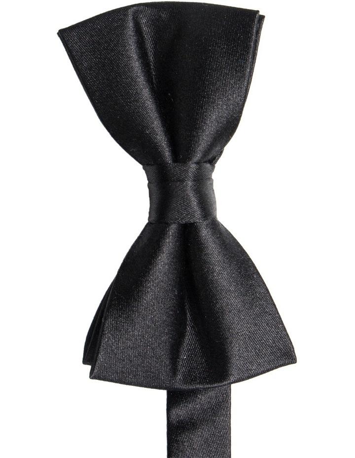 Bow Tie image 1