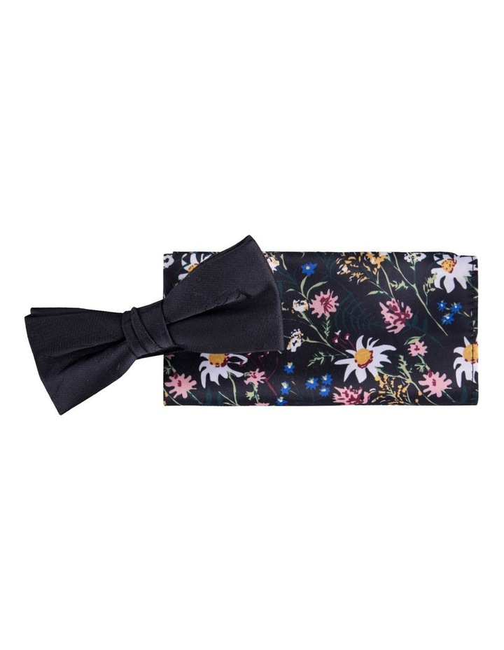 Bow Tie & Pocket Square Pack image 1