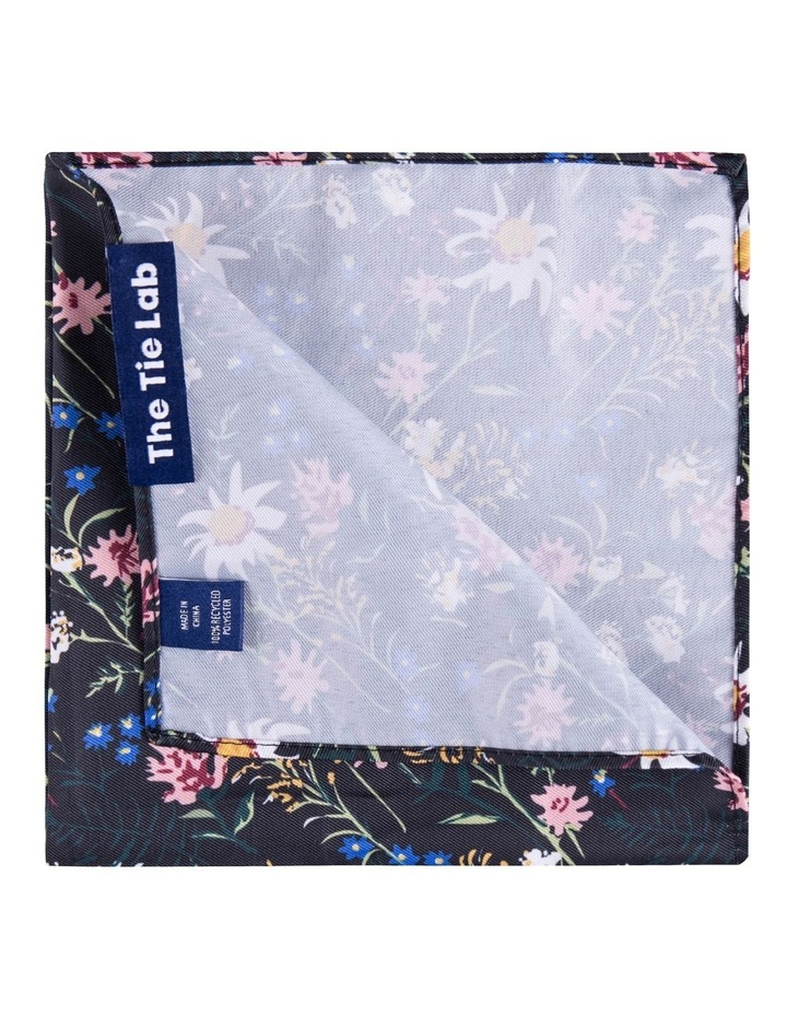 Bow Tie & Pocket Square Pack image 5