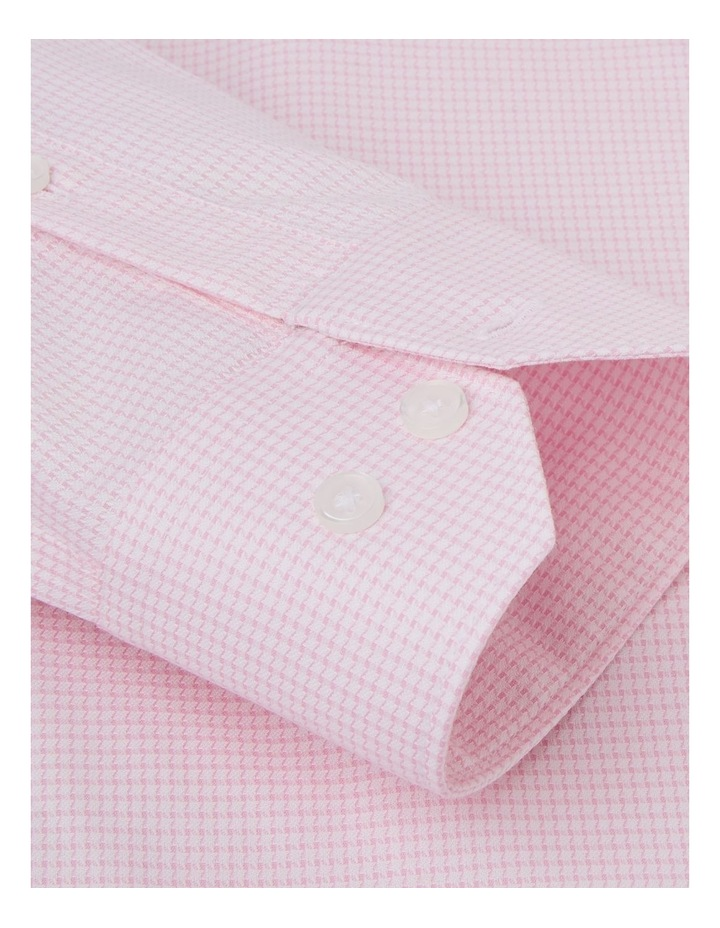 Slim Fit Pink Dogtooth Basket Weave Shirt  Button Cuff image 3