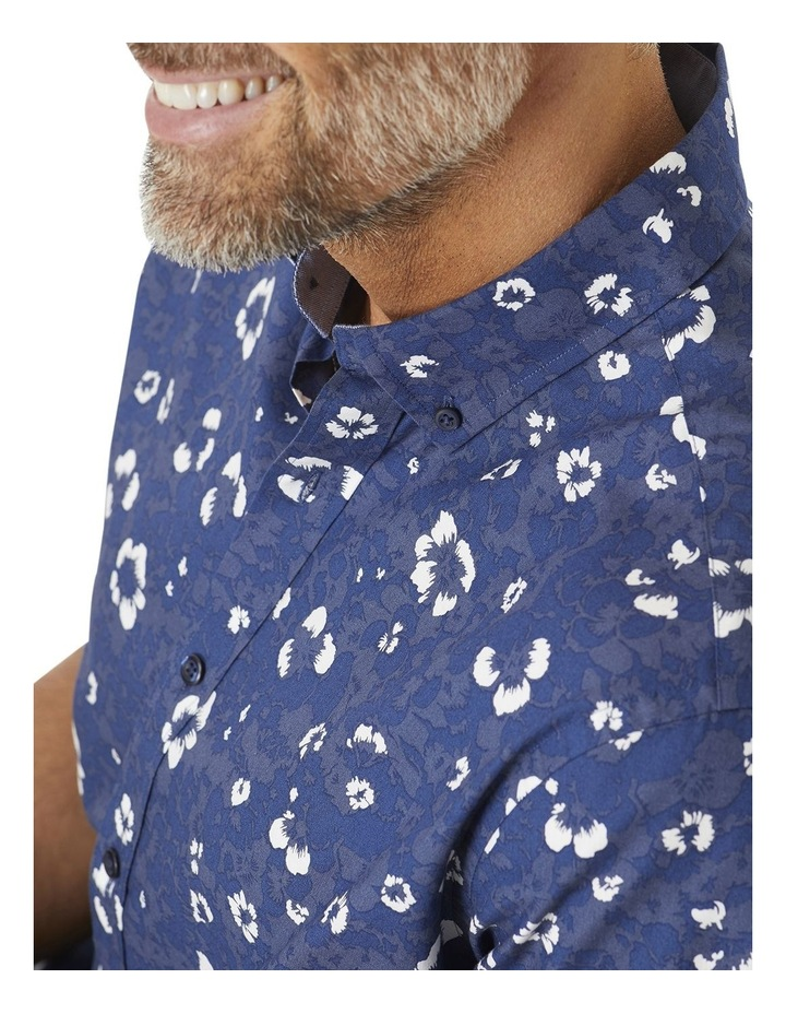Casual Hibiscus Floral Print Short Sleeve Shirt image 2