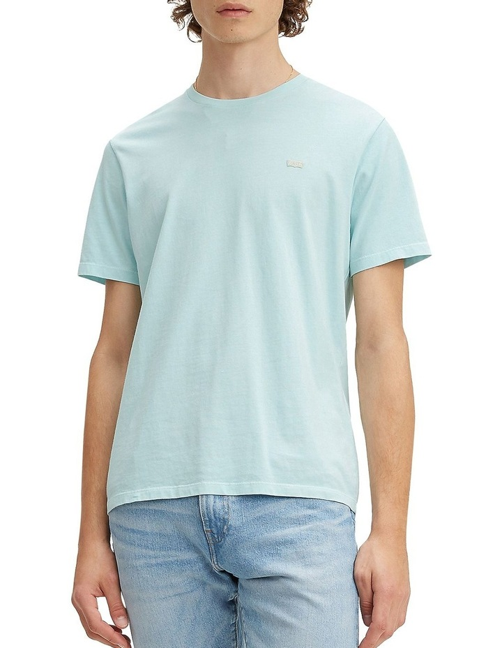 Levi's®  Chest Patch Logo Tee image 1