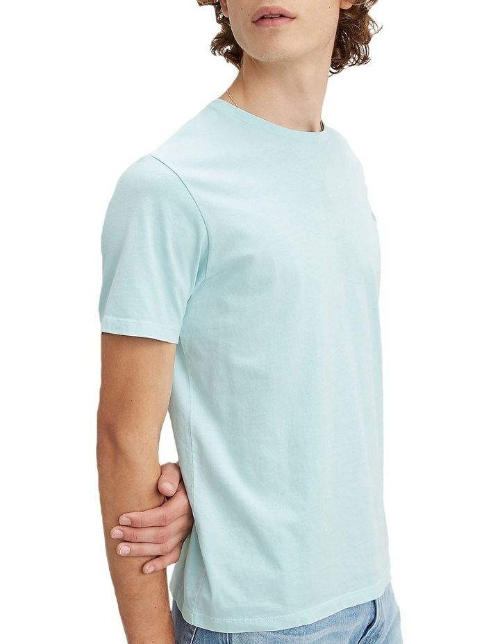 Levi's®  Chest Patch Logo Tee image 2