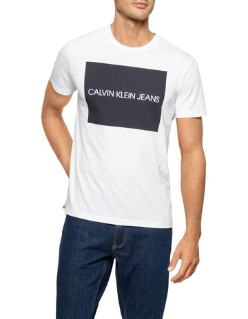 Calvin Klein JeansLARGE TRANSFER LOGO CREW NECK TEE. Calvin Klein Jeans  LARGE TRANSFER LOGO CREW NECK TEE f0904793ce