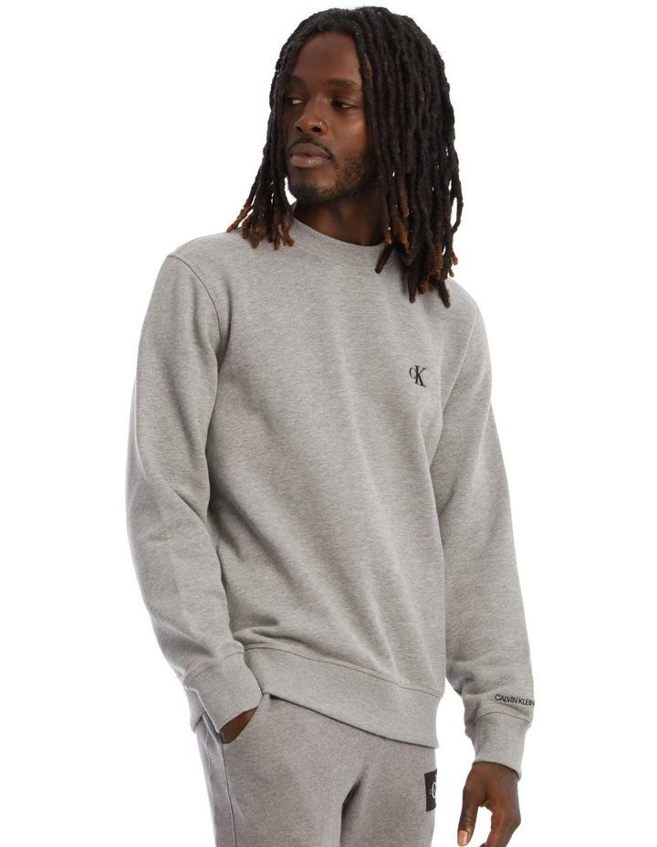Essential Reg Sweatshirt image 2