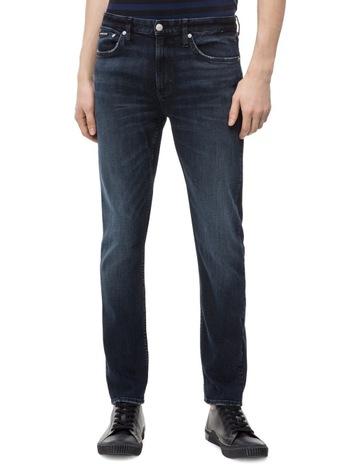 fca81c51 Calvin Klein Jeans CKJ 025 Slim
