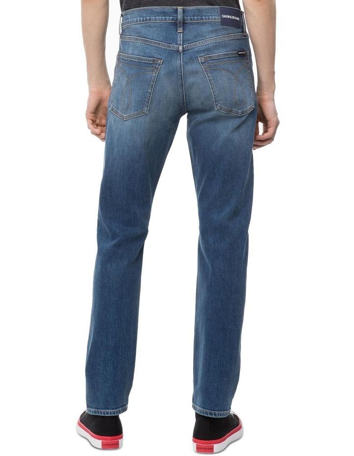 035 Straight Jean image 2