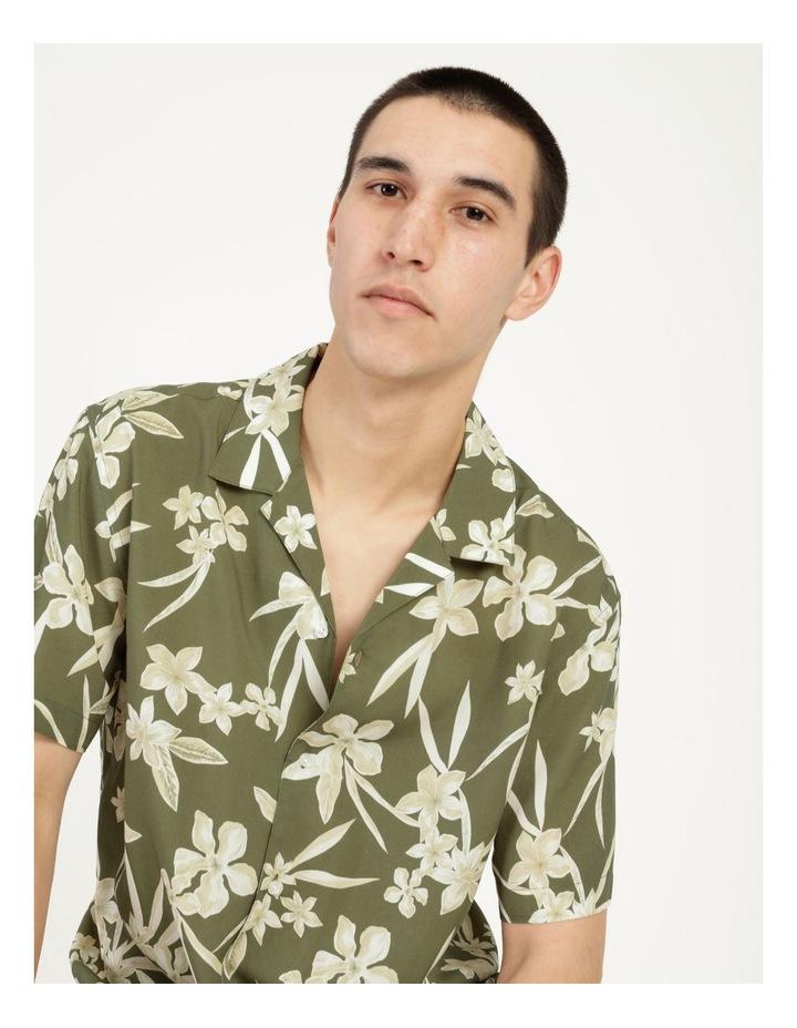 Freemantle Floral Print Short Sleeve Viscose Shirt image 6