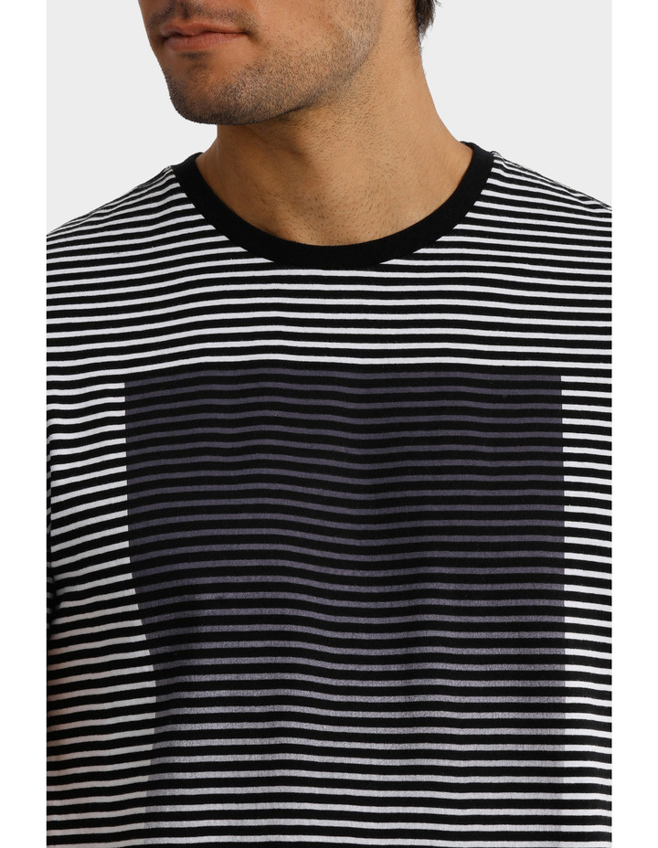 France Stripe Placement print tee image 3