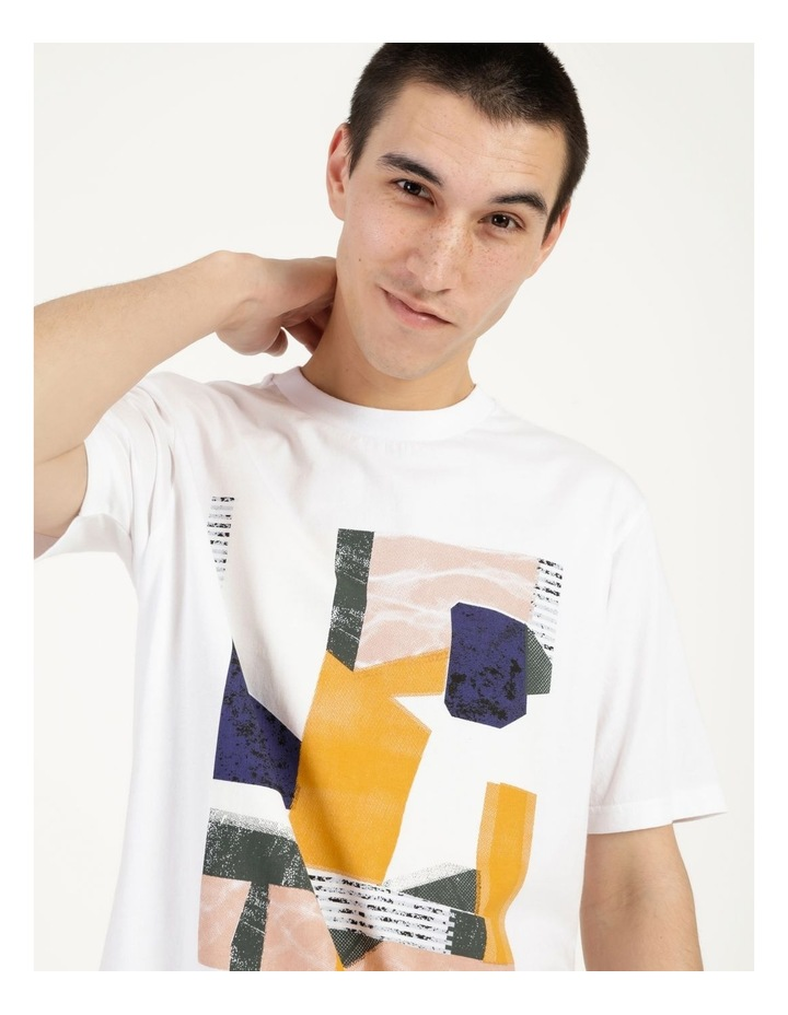 Wynyard Placement Print Relaxed Short Sleeve Tee image 2