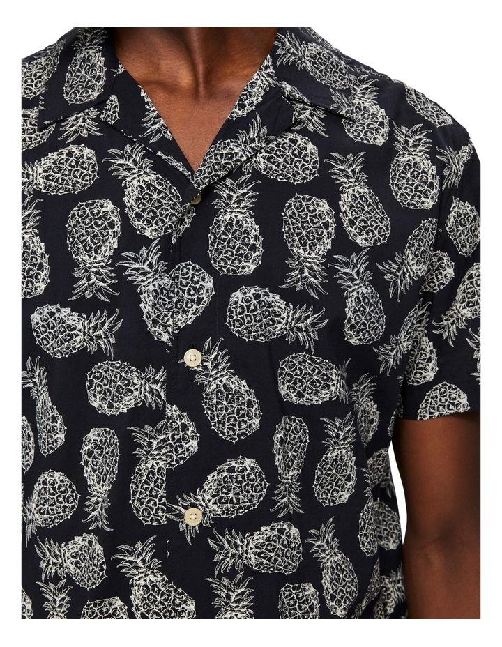 Mildas Short-Sleeved Shirt image 5