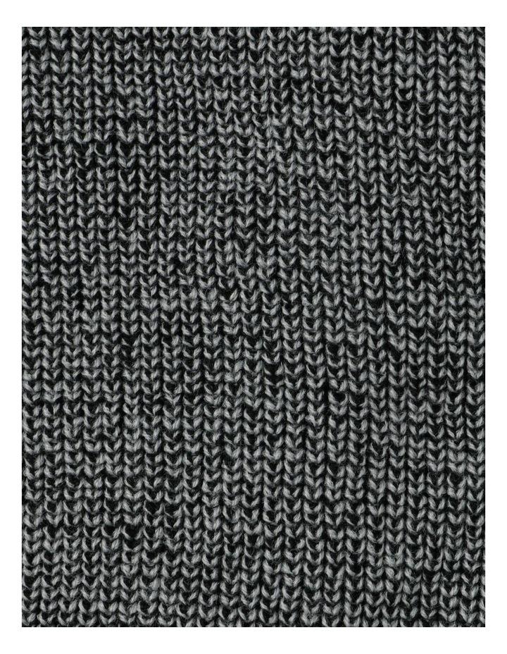 Two-Tone Scarf With Tassel Hem image 4