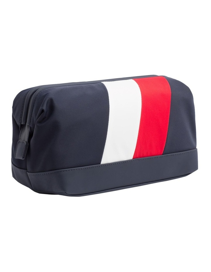 TOMMY CHEVRON FRAMED WASHBAG image 2