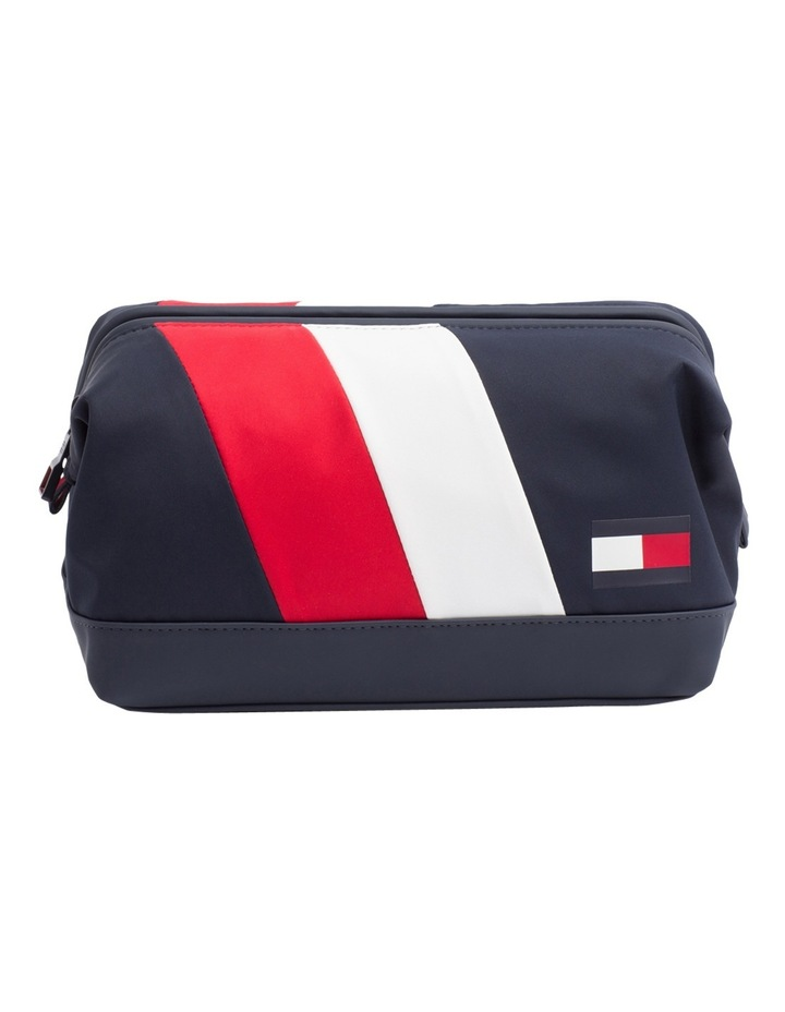 TOMMY CHEVRON FRAMED WASHBAG image 5