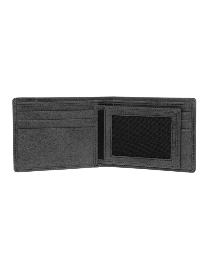 Centrefold Wallet With Id Window image 4