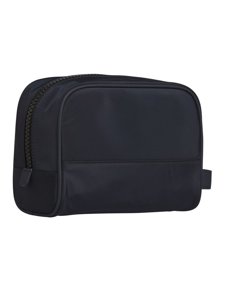 Tommy Washbag image 2