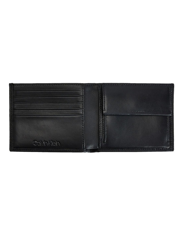 Bifold 5CC Coin Compartment Wallet image 3