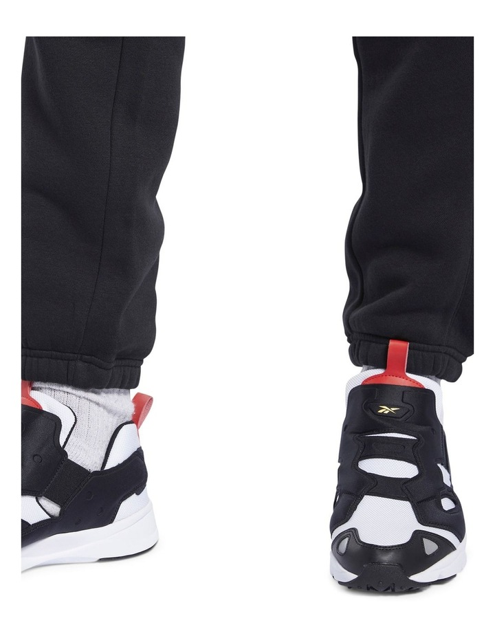 Linear Pant image 5