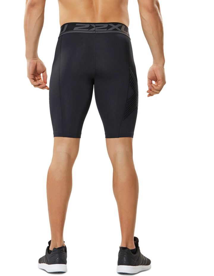 Accelerate compression shorts image 3