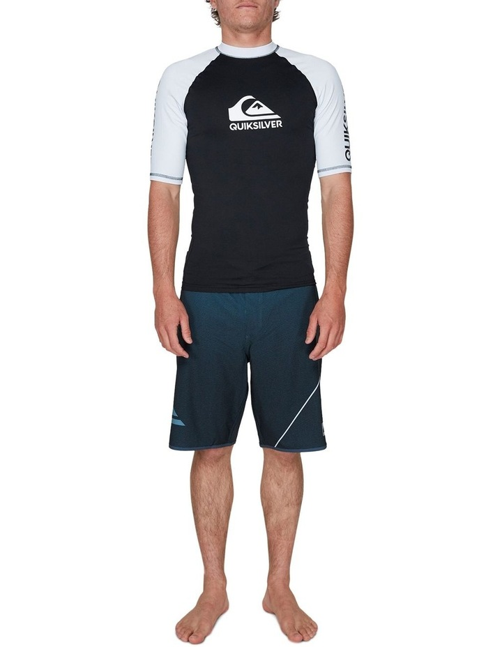 On Tour Short Sleeve Upf 50 Rash Vest image 4
