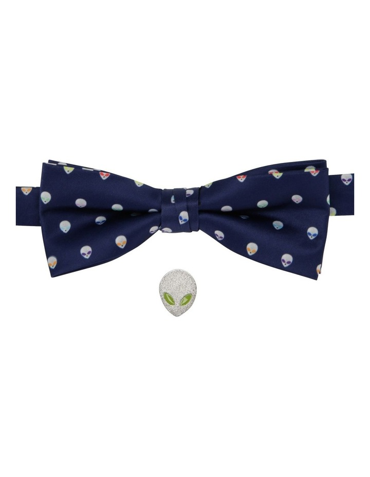 Alien Bow Tie And Alien Pin image 1