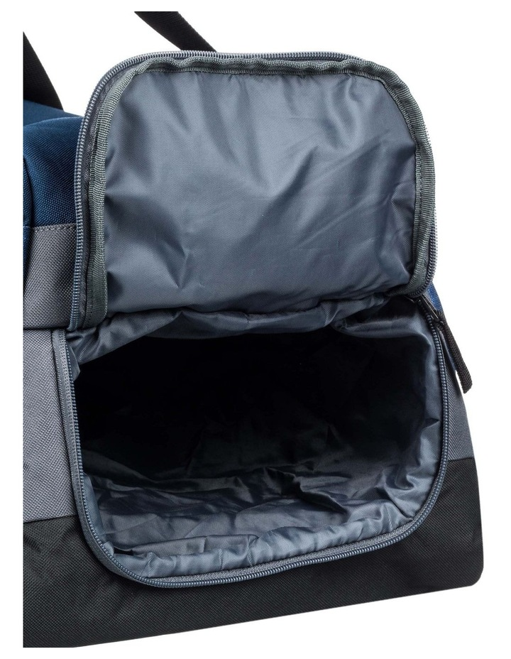 Medium Shelter 43L Duffle Bag image 4