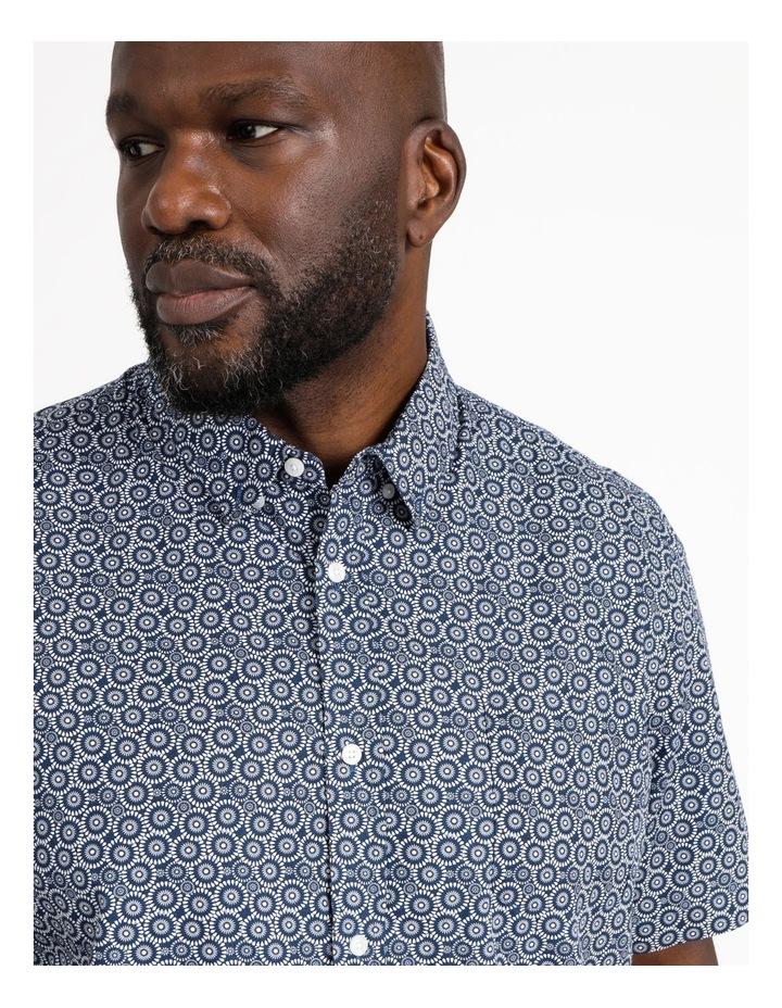 Gibson Floral Circle Print Short Sleeve Shirt image 4