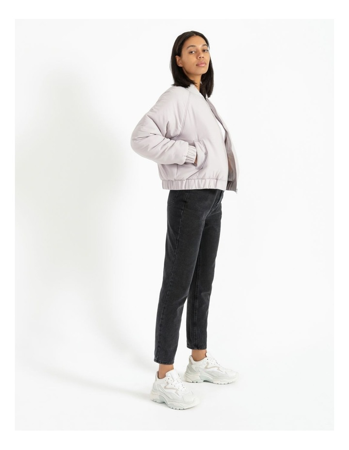 Relaxed Bomber image 2