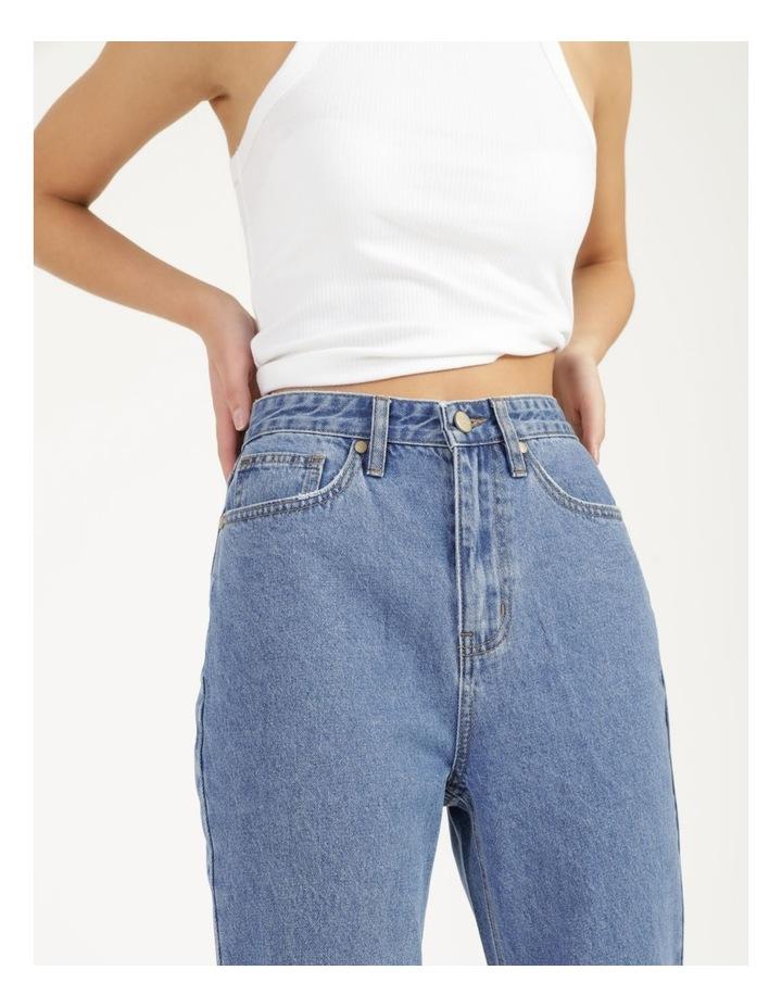Mom Jeans image 3