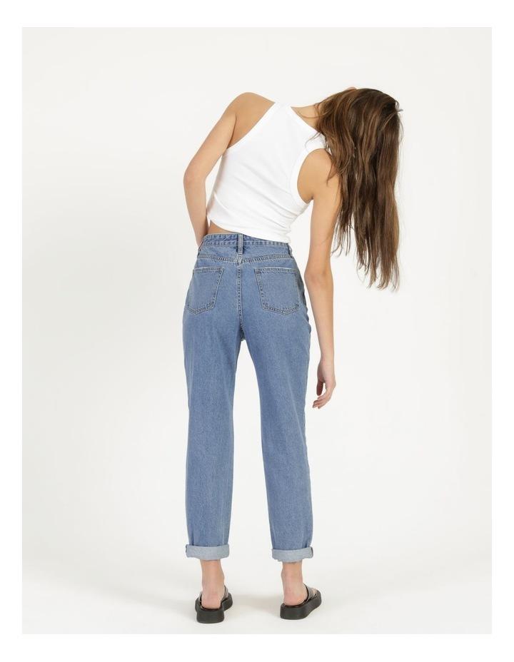 Mom Jeans image 6