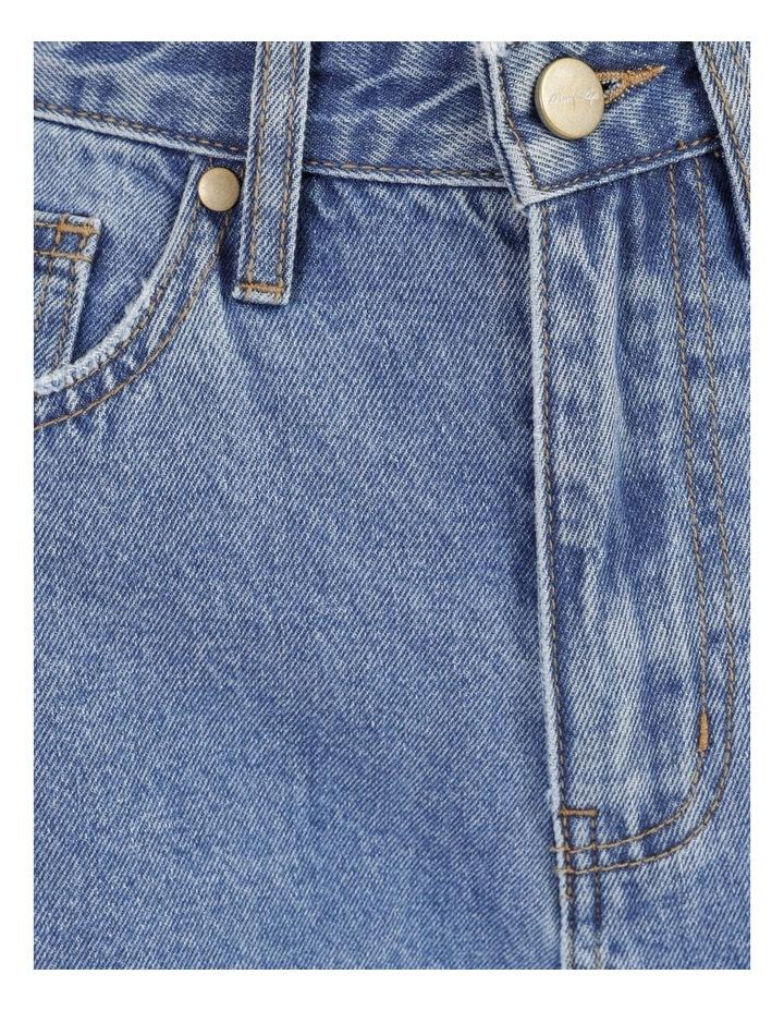 Mom Jeans image 7