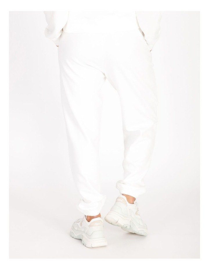 Trackpants image 3
