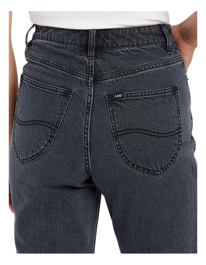 High Moms Jeans image 3