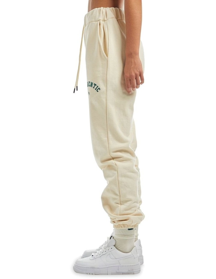 Authentic Varsity Trackpant image 3