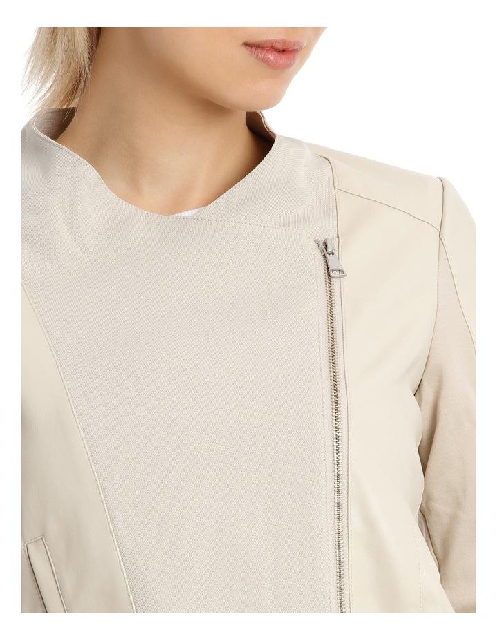 Dora Jacket image 4