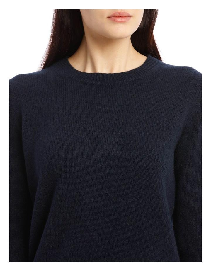 Round Neck Long-Sleeve Knit image 4