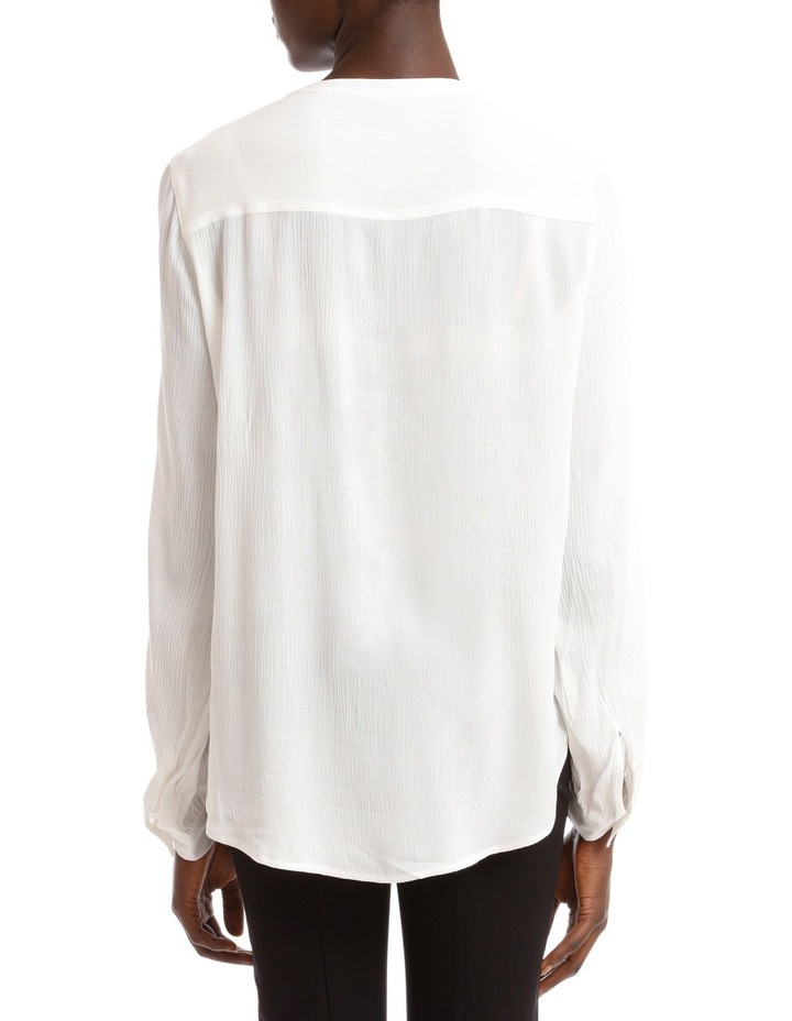 Shirt image 3