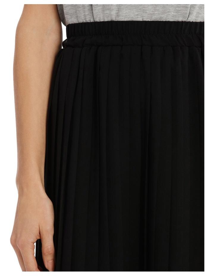 Pleat Skirt image 4
