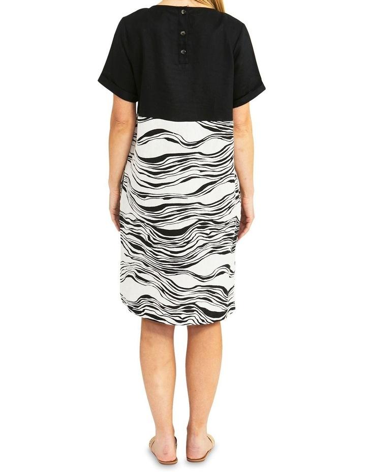 Spliced Wave Print Dress Black/Flax image 2