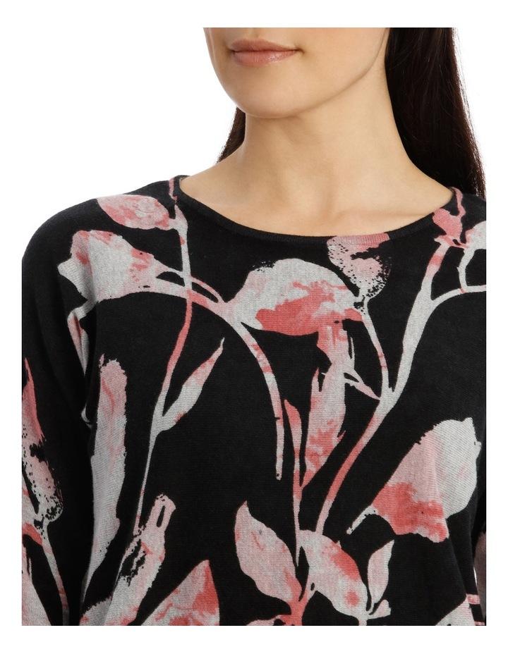 7/8 Dolman Sleeve Printed Leaf Pullover image 4