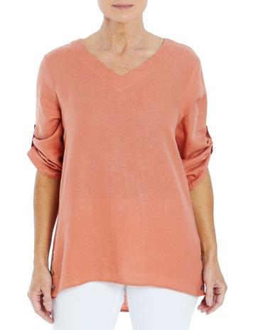 B. Orange colour