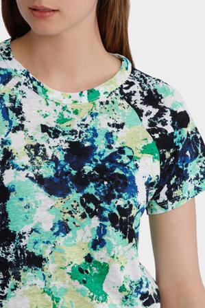 Yarra Trail Petites - Floral Print Tee
